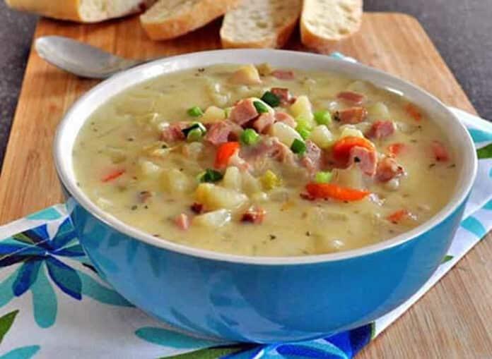 Soupe au jambon pommes de terre et poireaux