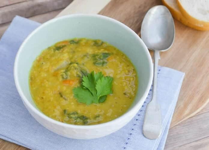 Soupe de lentilles carottes et épinards