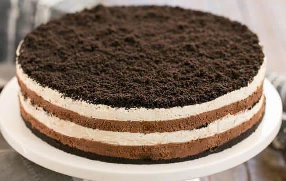 Gâteau mousse chocolat et crème fouettée 1