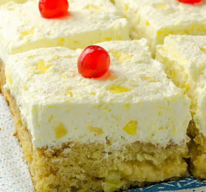 Gâteau à l'ananas et à la crème