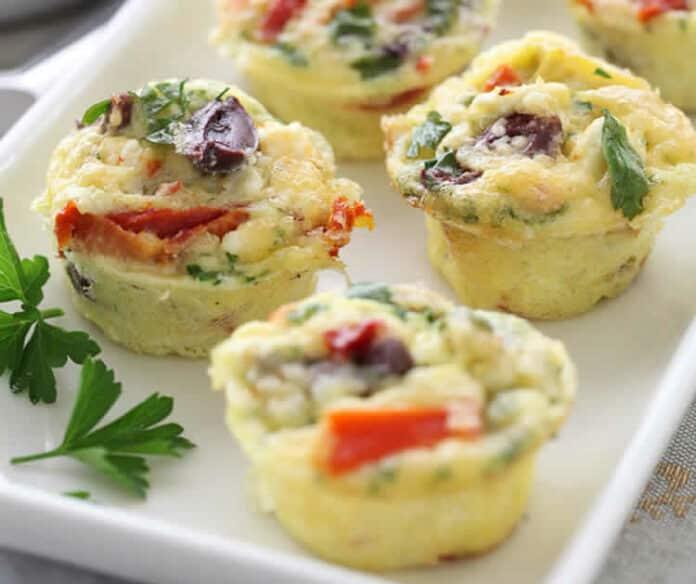 Muffins aux oeufs et au fromage