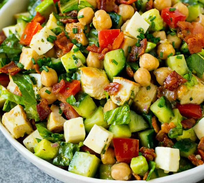 Salade de poulet pour l'été