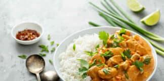 Emincé de dinde au curry et crème